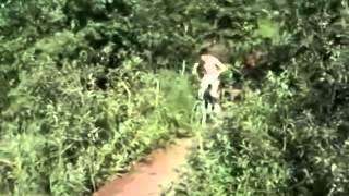 Самые смешные падения с велосипеда(Самые смешные видео приколы со всего интернета!!! У нас на канале Вы можете посмотреть самые смешные, захват..., 2015-01-05T12:25:18.000Z)