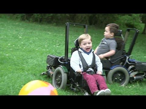 La silla de ruedas el ctrica que le da libertad a los for Silla de ruedas electrica