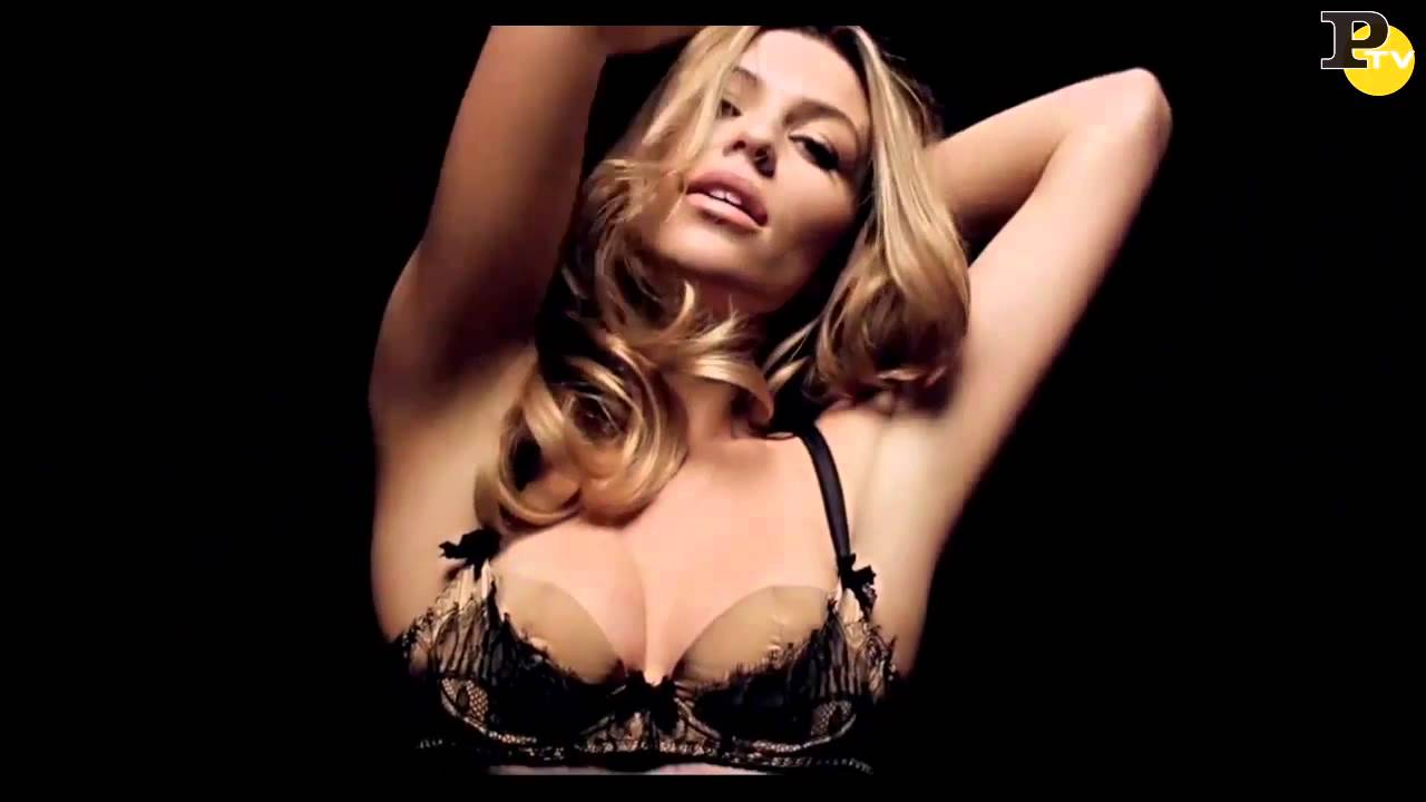 Selfie Youtube Abigail Clancy naked photo 2017