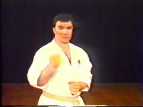 Frank Brennan - The Black Belt Guide To Shotokan 4.flv