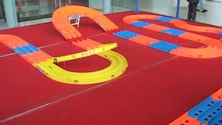 Test run 2 Tamiya Mini4WD Pro at Shanghai Science and Technology Museum