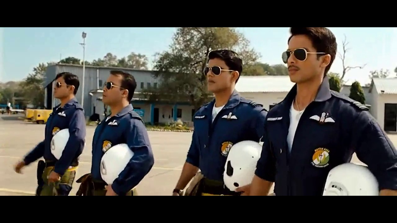 Download Indian air force  Dassault Mirage 2000-5 bombing scene from 2011 movie mausam(with english CC )