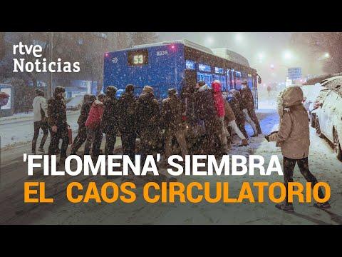 MADRID SE COLAPSA con una nevada histórica que obliga a cortar la M-40 y la M-30 | RTVE Noticias