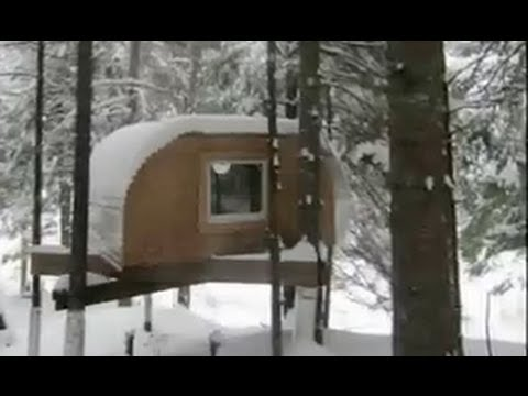 VERMONT TREE HOUSE in the snow (tiny cabin, shelter, fort)`