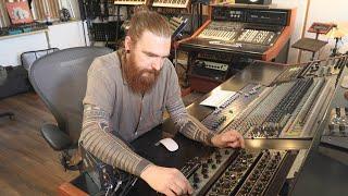 Tech Talk: Rødhåd taĮks us through his studio gear and processes (Electronic Beats TV)