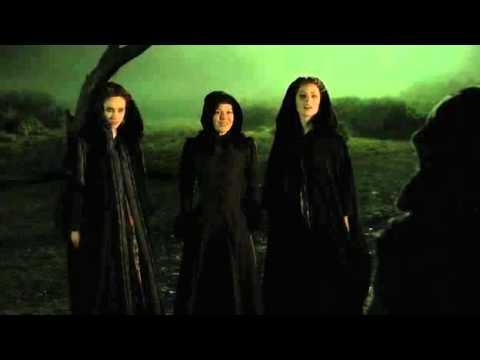 Penny Dreadful  The Nightcomers come for Vanessa in the moor Helen McCrory, Eva Green