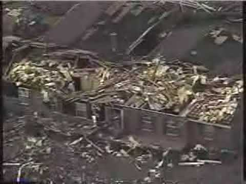 Part 1  2002 Veterans Day Tornado Outbreak Coverage from WRCBTV Chattanooga, TN