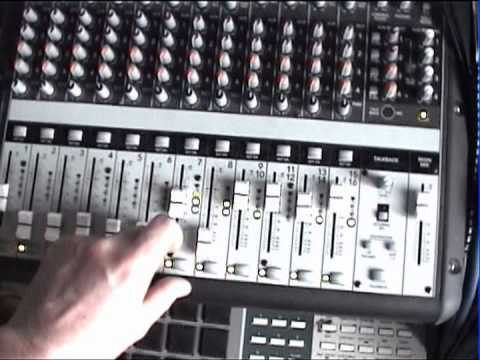 another try on s6000/mpc60 plus live mixing on Mackie Onyx 1620