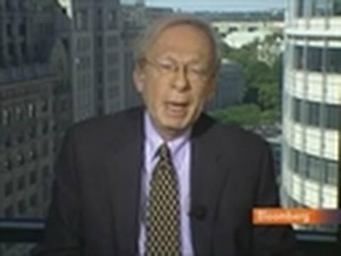 Kass Says Berkshire's Buffett `Very Effective Manager': Video