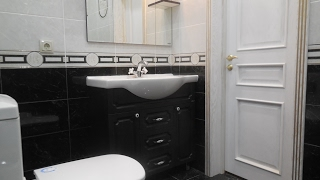 видео Ремонт ванной комнаты своими силами. Дизайн ванной. Ремонт туалета. Ремонт сантехники