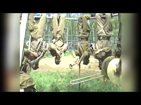 """Военный оркестр из Кстово играет вниз головой! (1997г.) Победа в программе """"Слабо?"""""""