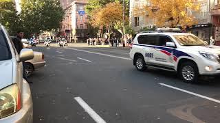 Кортеж Дмитрия Медведева в Ереване 24.10.2017