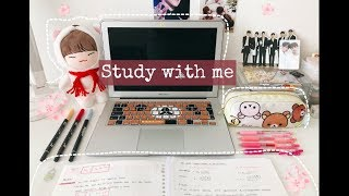 A day in a life of a business student | Study with me Vlog