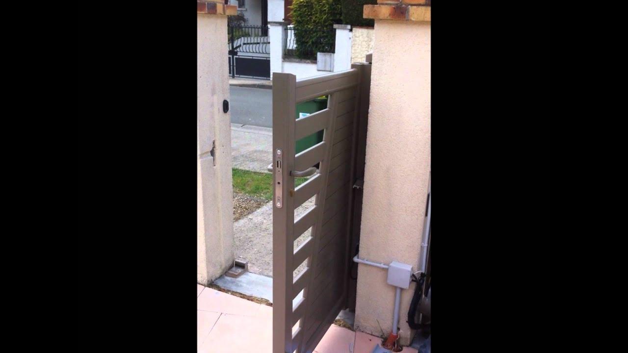 motorisation int gr e dans un portail aluminium youtube. Black Bedroom Furniture Sets. Home Design Ideas