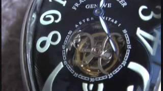 ブレゲの発明したトゥールビヨン搭載の腕時計です。腕時計の精度の姿勢...