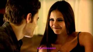 The Vampire Diaries Stefan and Elena making out 1x04