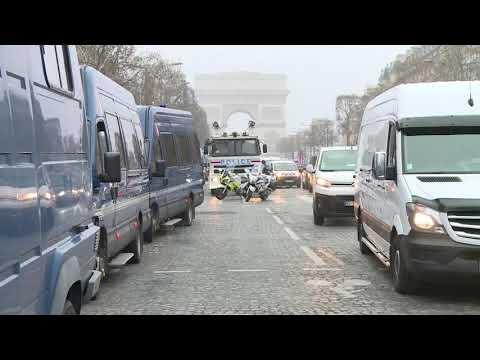 Paris, jelekverdhët s'ndalen. Ushtria, në gatishmëri - Top Channel Albania - News - Lajme