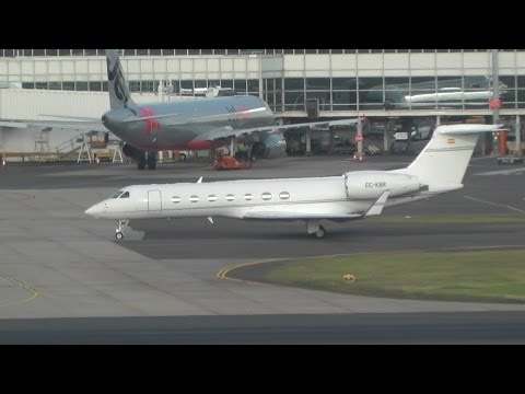 Various Business Jets Leaving Sydney Airport