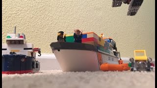 Lego cargo ship sinking(has to much weight)