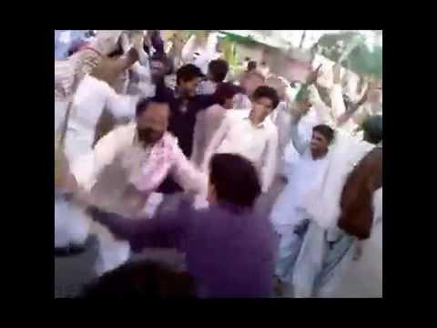 BeGairat Brelvis Jahil dancing on Milad.