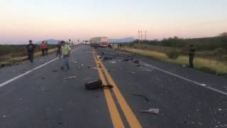 Terrible accidente en carretera 57 Saltillo Monclova Sabado 10 de Junio 2017