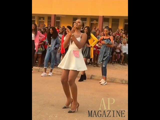 Nigerian Beauty Chigurl_gold showing of dance moves 😍🙌🏾👸🏾🙏🏾