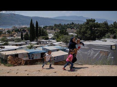 شاهد: -معجزة- تحققُ للاجئة فلسطينية وأطفالها حلمَ الوصولِ إلى اليونان…  - نشر قبل 2 ساعة