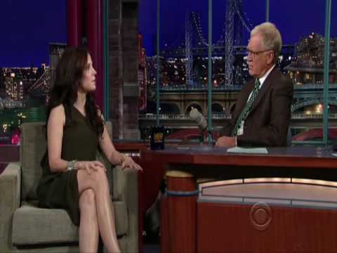 Mary-Louise Parker on Letterman 25/08/09 FULL