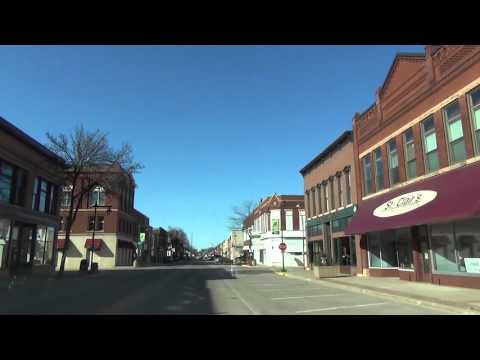 Driving Through Owatonna, Minnesota 4x