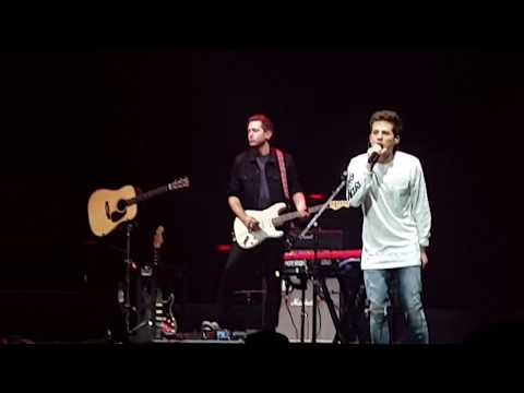 Charlie Puth - Attention - Shawn Mendes Brooklyn Illuminate Tour 2017