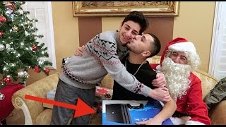 CRAZY CHRISTMAS GIFT OPENING VIDEO!! (Full family!)