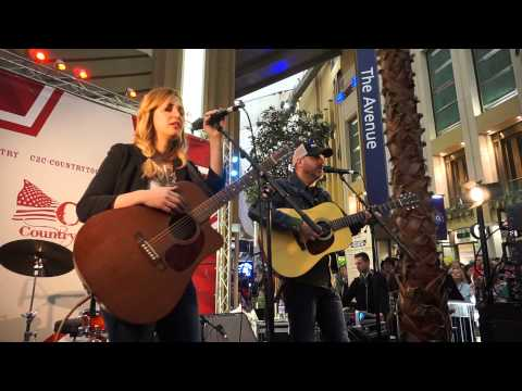 Whiskey Lullaby - Jessi Alexander & Jon Randall (London, 2015)