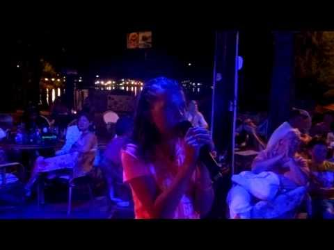 demi singing adele someone like you on karaoke in turkey 2012