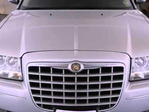 2010 Chrysler 300 - Auto Financing Available - Houston TX