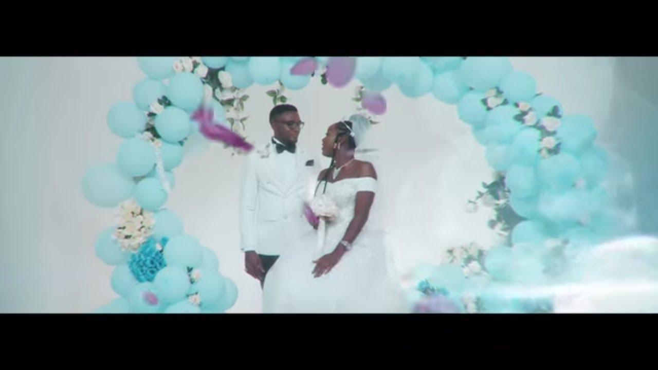 Download Darina Victry Laisse Moi T'aimer (Clip Officiel) Afro Soul