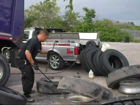Changing Semi Truck Tires Youtube
