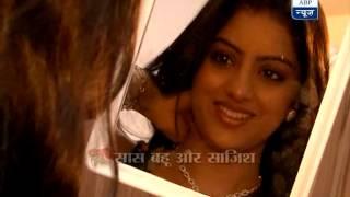 Sandhya goes jewelry shopping