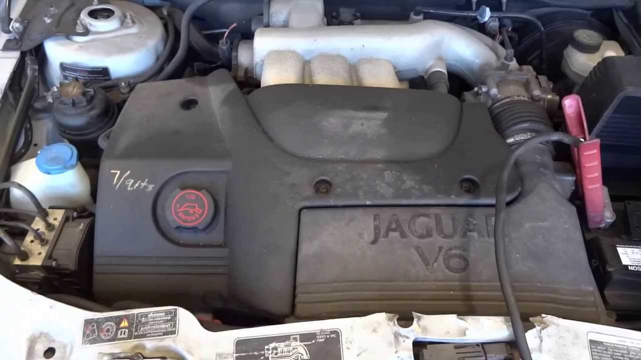 selling the engine from this 2002 jaguar x type 3 0l motor with 81 959 miles youtube. Black Bedroom Furniture Sets. Home Design Ideas