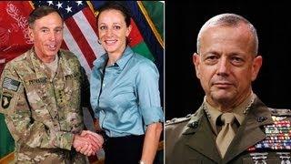 USA : la relation extraconjugale du général Petraeus prend une dimension politique