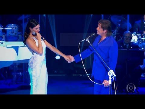 Roberto Carlos canta a música 'Sereia', com participação especial de Isis Valverde   Especial 2017