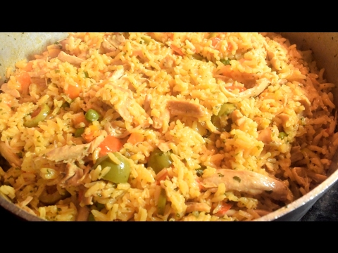 The Best Arroz Con Pollo (One Pot Chicken And Rice) Panamanian Style.