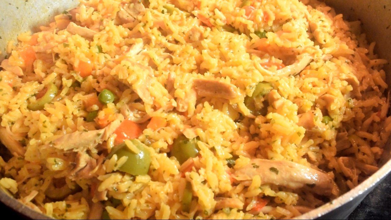 The best arroz con pollo one pot chicken and rice panamanian style the best arroz con pollo one pot chicken and rice panamanian style forumfinder Image collections