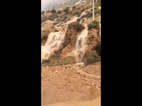 شلال بأكادير بعد انفجار قناة مياه