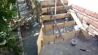 видео Отделка бетонной лестницы в частном доме своими руками