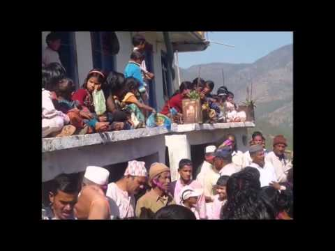 Kumaoni khari holi 'जल कैसे भरूँ यमुना गहरी' video by Gopu Bisht