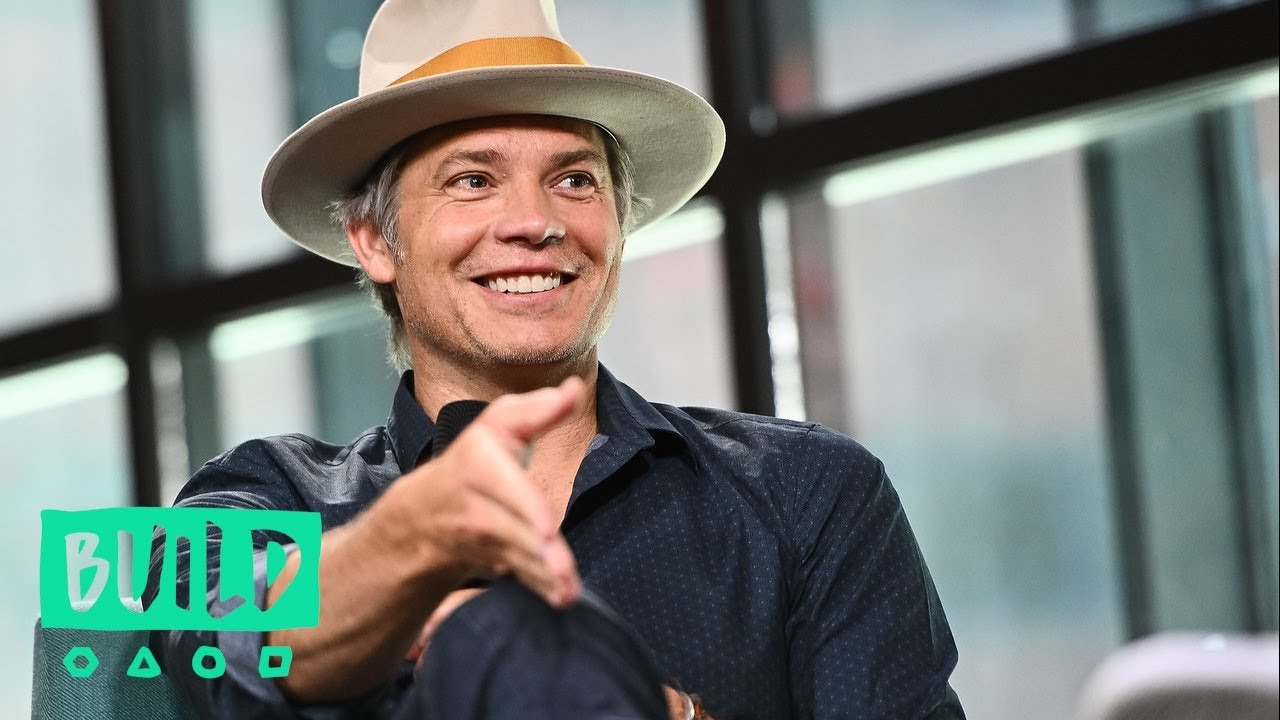 """Download Timothy Olyphant Just Bought A House When """"Deadwood"""" Was Unexpectedly Cancelled"""