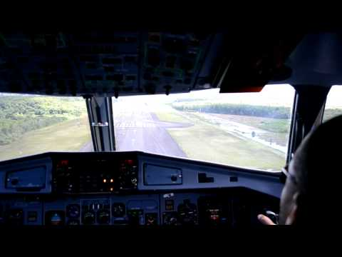 Cockpit - Landing in Guadeloupe