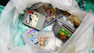 i-just-hit-the-ultimate-retro-dumpster-diving-jackpot