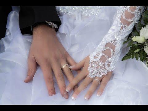 زوجان أستراليان يقيمان حفل زفافهما على قمة إيفرست  - نشر قبل 3 ساعة