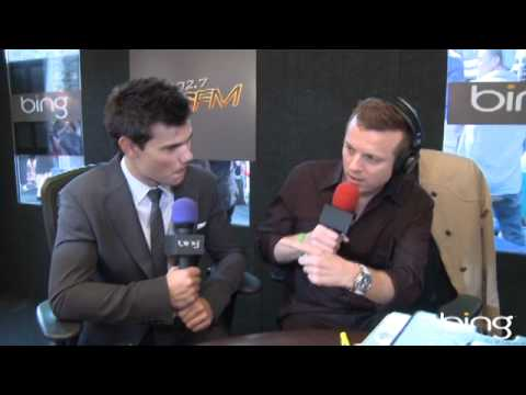 Taylor Lautner Gets New Nickname | Interview | On Air With Ryan Seacrest